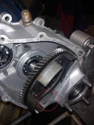 Vespa Motor Reassembly Coupling Cage